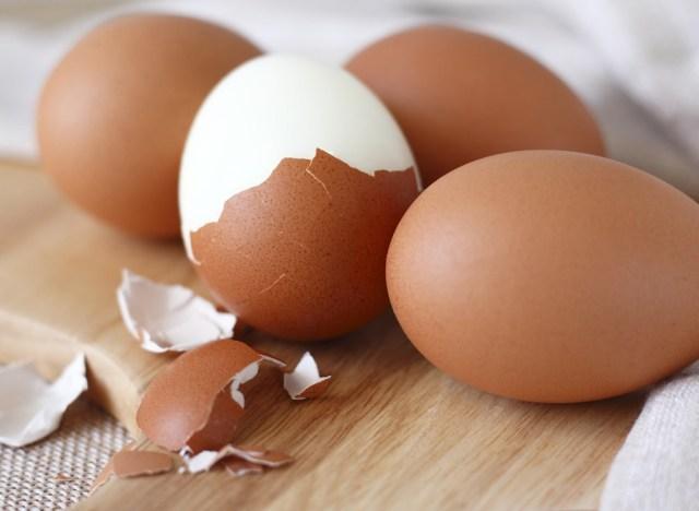 Hard boiled eggs peeled