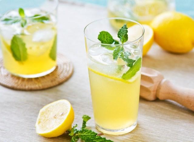 Glasses of lemonade